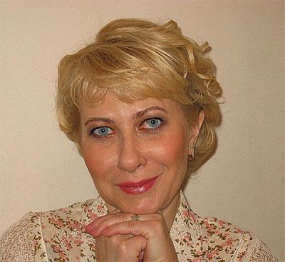 Юлия Лавренова