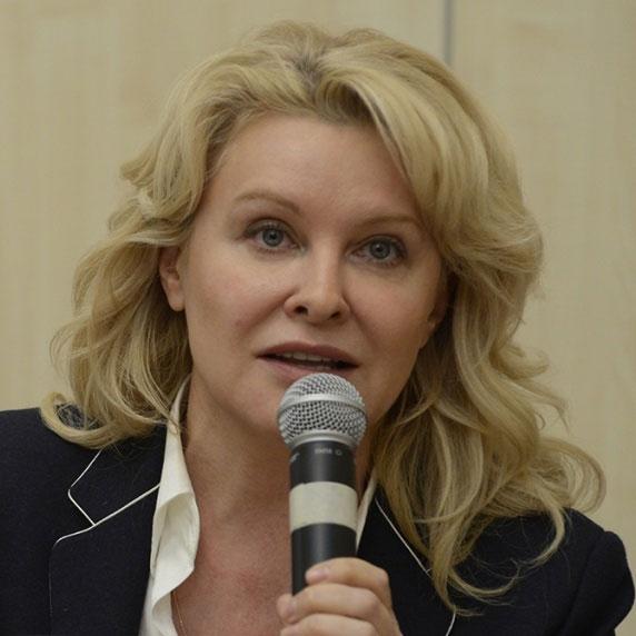 Наташа Бужинска